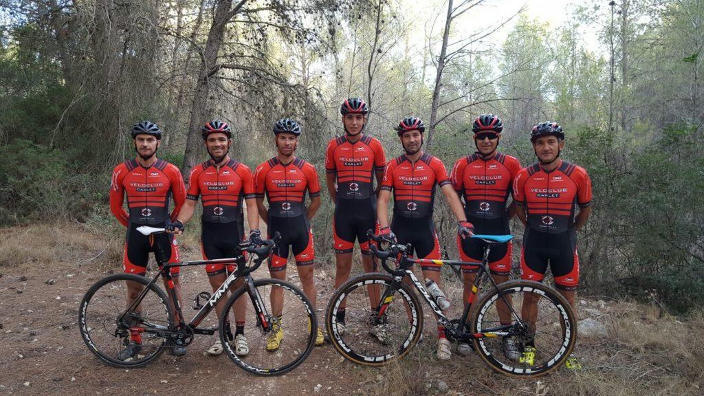 Veloclub Carlet equip CX 2016